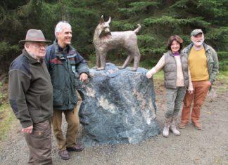 Luchsjagd-Denkmal eingeweiht