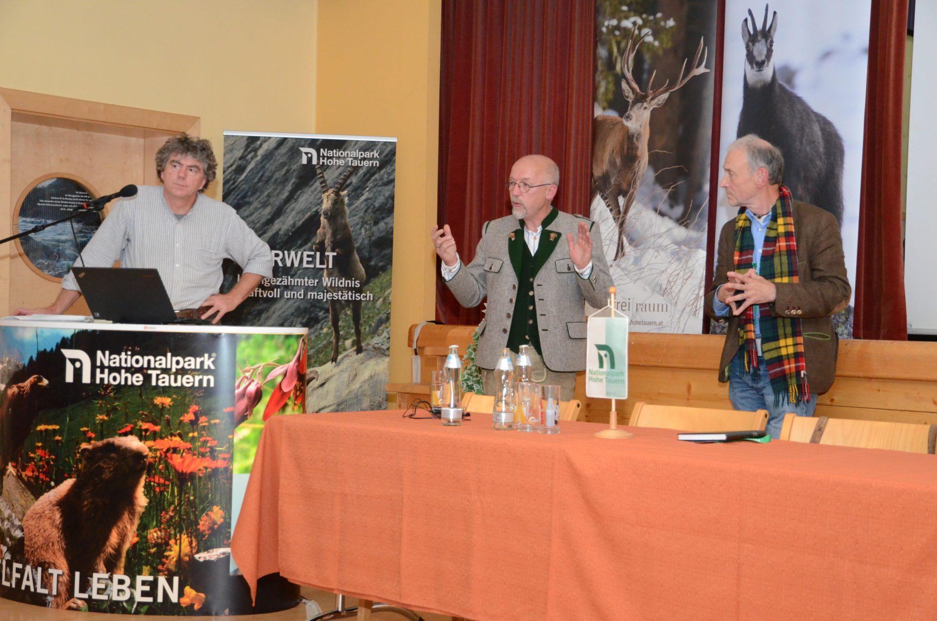Tirol: Wildtiertagung zu Geweihen und Wildschützen
